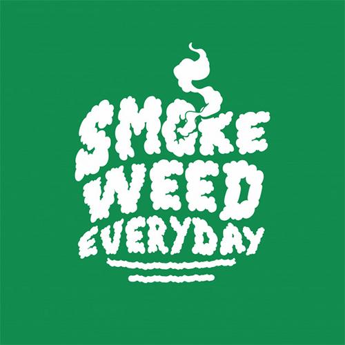 دانلود آهنگ Snoop Dogg به نام Smoke Weed Everyday